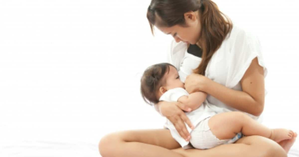 How to Handle Embarrassing Breastfeeding Situations
