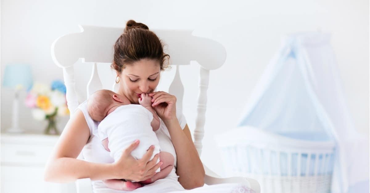 The Best Books for Breastfeeding Moms