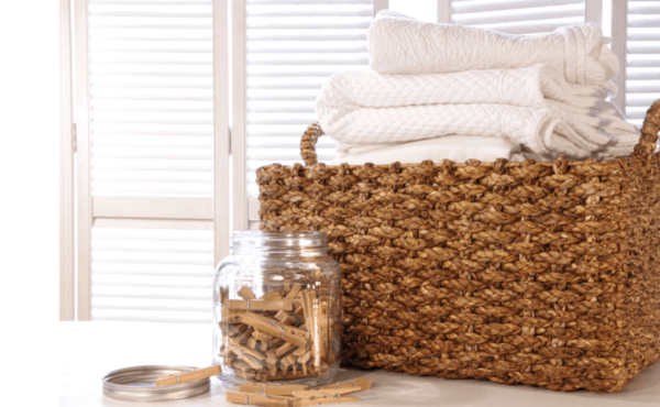 The Best Natural Alternative to Dryer Sheets