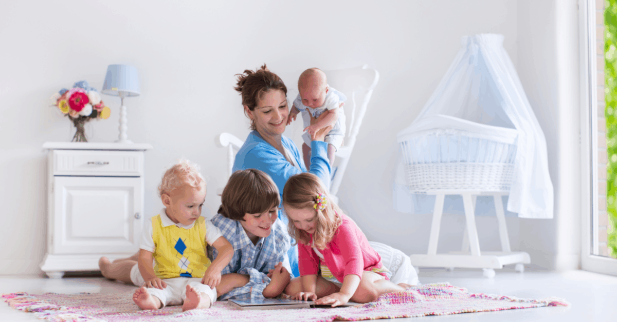 How to do Attachment Parenting with a Baby and a Toddler